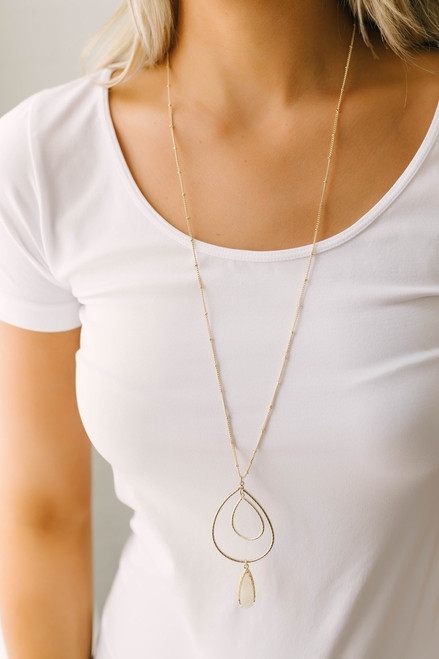 Jazz Cafe Teardrop Druzy Necklace - Gold/Cream