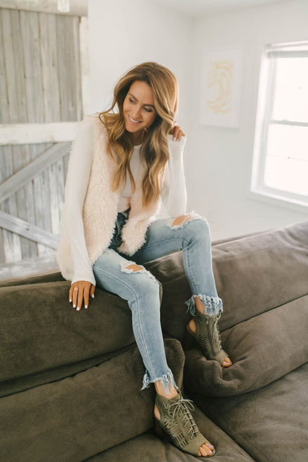 Southern Elegance Cozy Faux Fur Vest - Cream