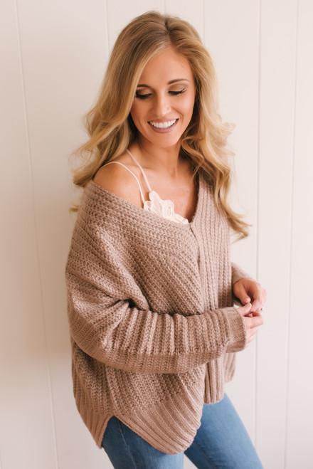 Alpine Resort V-Neck Sweater - Mocha