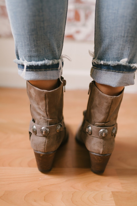 Coconuts by Matisse: Grazie Western Booties - Taupe