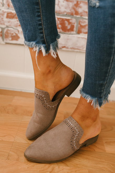 Italy in Autumn Stitched Mules - Taupe