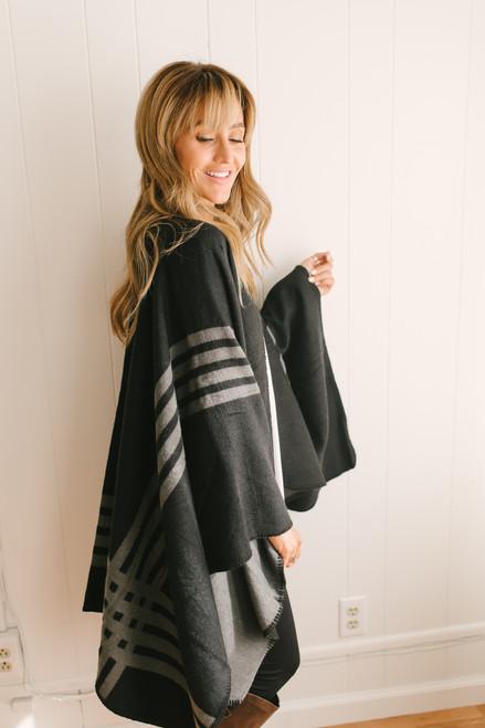 BB Dakota Roll with the Ponchos - Black/Grey