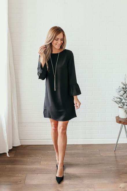 Everly Noelle Peplum Sleeve Shift Dress - Black