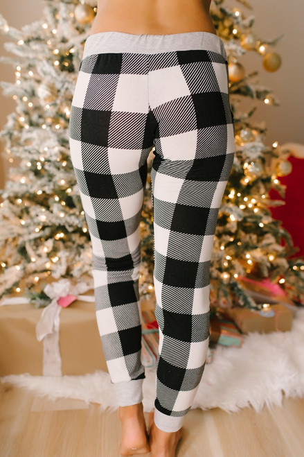 Christmas Morning Plaid Joggers - Ivory/Black