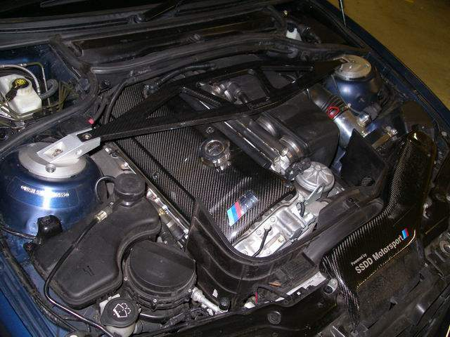 bmw-e46-m3-carbon-fibre-cold-air-intake-5.jpg