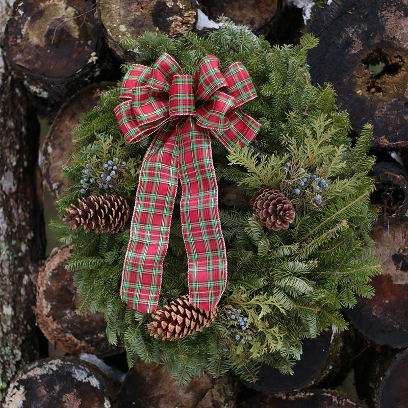 country-plaid-fresh-christmas-wreath-harbor-farm-maine-snow-wood-pile-800.jpg