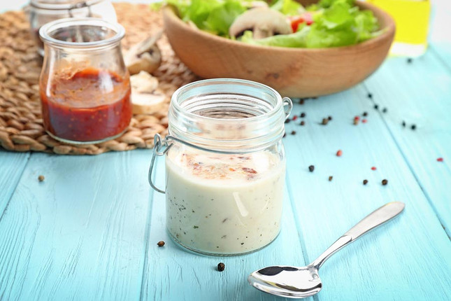 How to Make Creamy Italian Salad Dressing from Scratch with Italian Seasoning