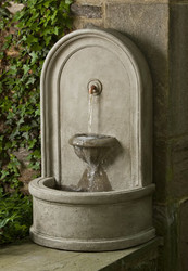 Colonna Fountain by Campania International