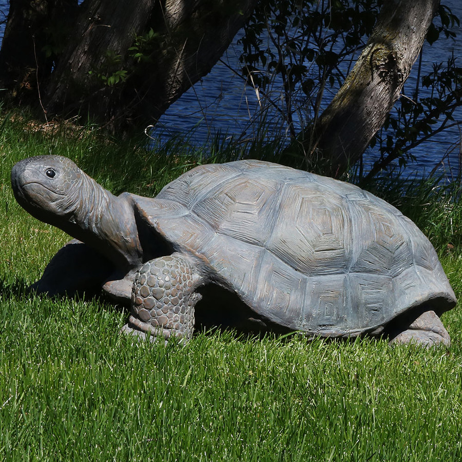 Sunnydaze Todd the Tortoise Indoor/Outdoor Statue, 30 Inch Long