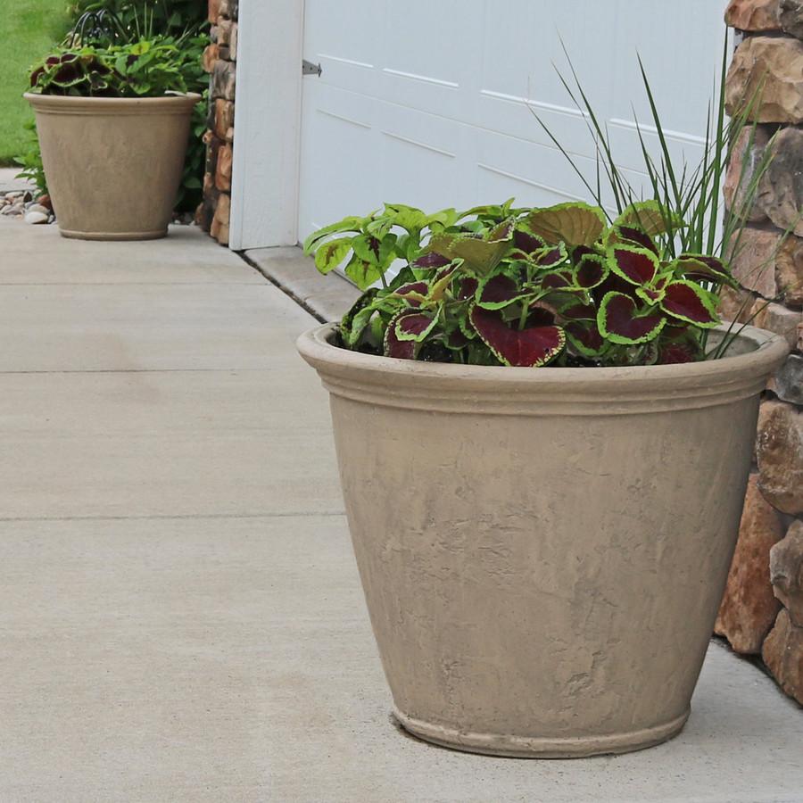 Anjelica Pebble Gray Indoor/Outdoor Planter, Set of 2