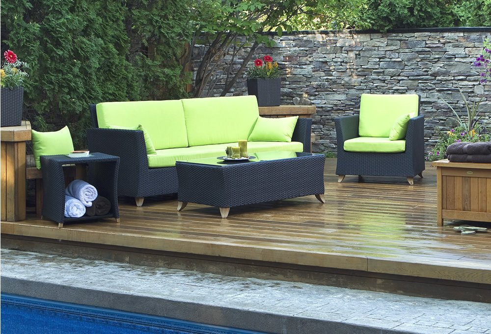 patiofurniture.jpg