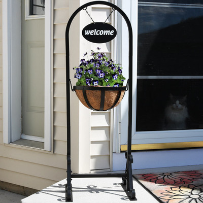 sunnydaze outdoor hanging basket planter with metal welcome sign hammocks. Black Bedroom Furniture Sets. Home Design Ideas
