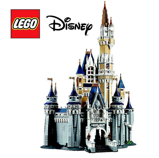 NEW LEGO 71040 DISNEY WORLD CINDERELLA CASTLE 4080 PIECE SET