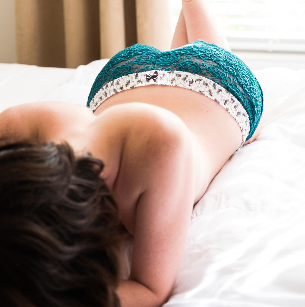 Aladora in teal lace boxer shorts