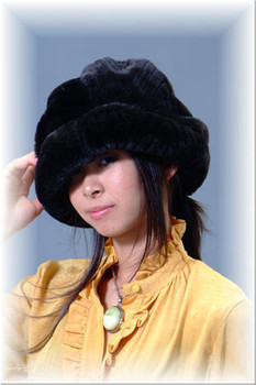 Black Faux Fur Hat 2