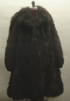 3/4 Brown Fox Fur Jacket with Flare Style