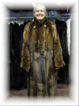 96b083b7b60 Design Full Skin Brown Mink Fur Coat with Six Buttons ...