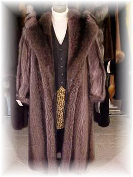 Full Skin Raccoon Design Fur Coat with Hood