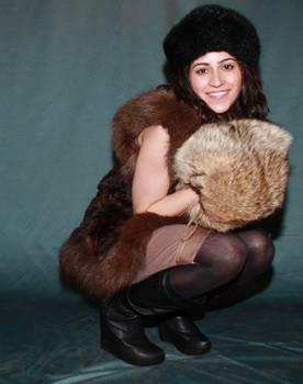 Buy Two-In-One Full Skin Fox Fur Barrel Muff & Carry Bag
