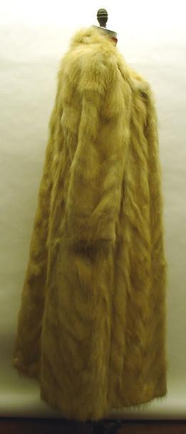 Coyotte Fur Coat Design