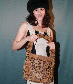 a3ba27e1e0b 3-In-1 Golden Mink Fur Bag - furoutlet