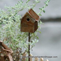 Traditional Birdhouse