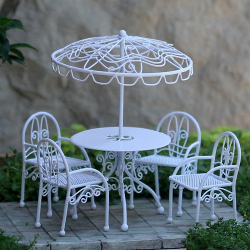 Patio Set with Umbrella