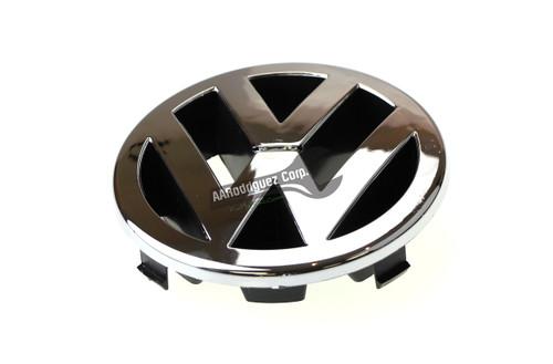 VW EMBLEM FRONT GRILL 1J5853601-1