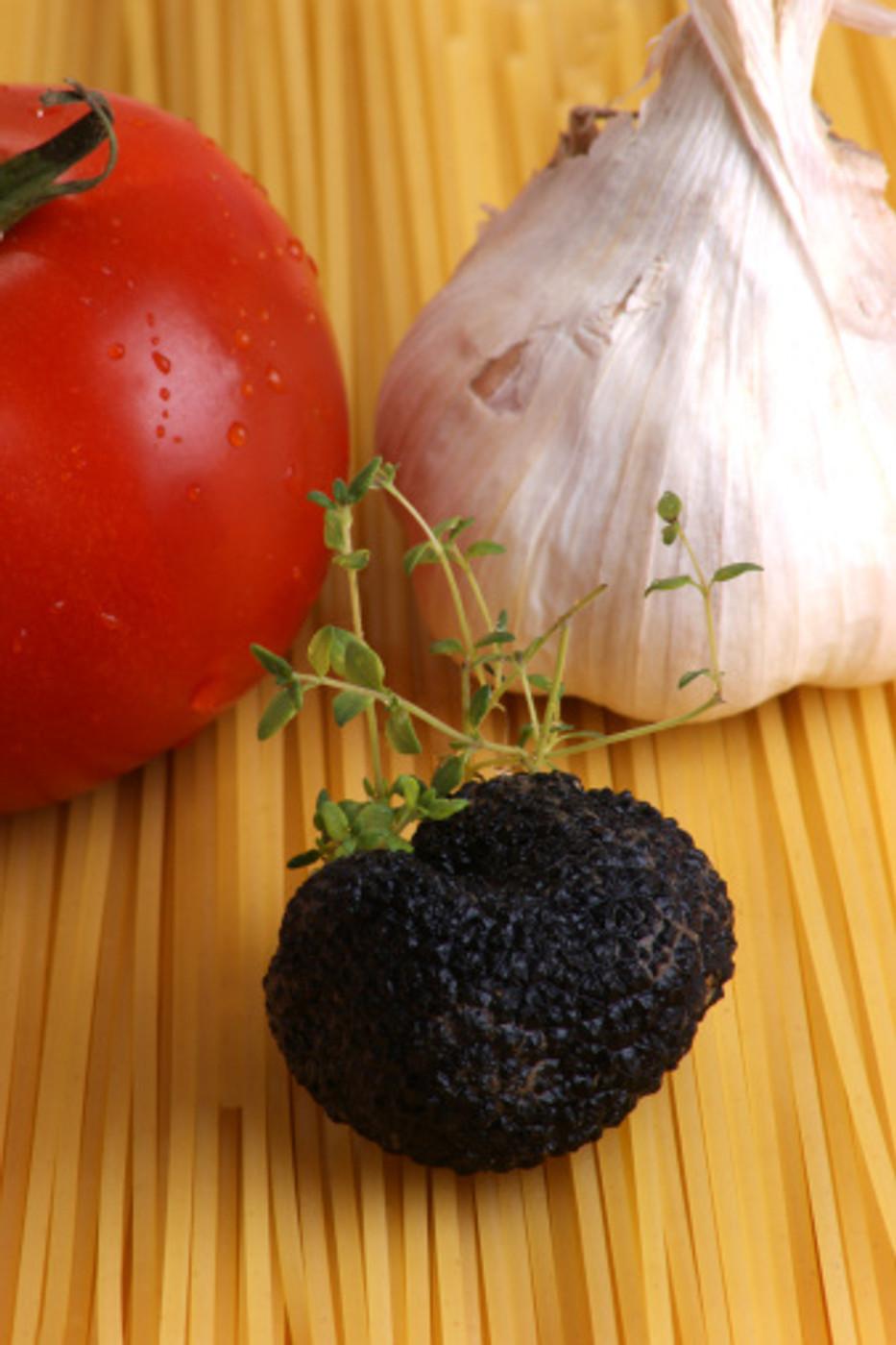 Black Truffle Garlic Olive Oil