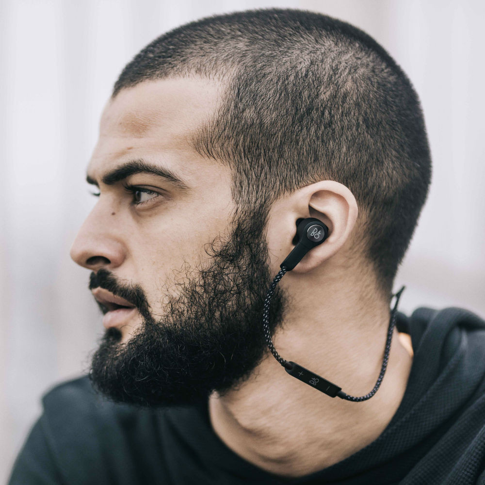 B&O PLAY by Bang & Olufsen BeoPlay H5 Wireless Bluetooth Earphones (Black)