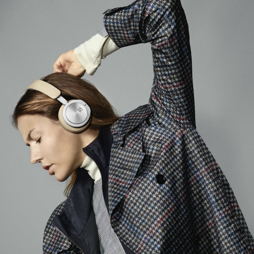 B&O PLAY by Bang & Olufsen BeoPlay H8i Wireless Noise Cancelling Headphones (Natural)