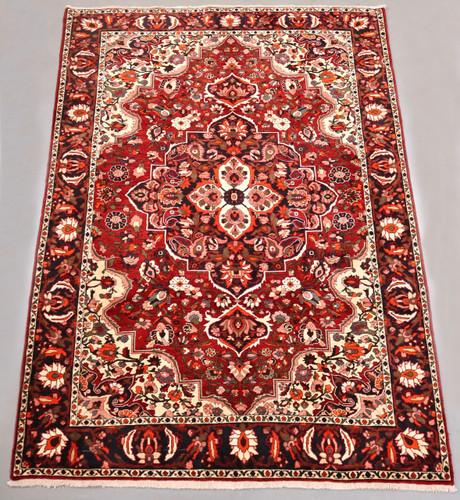 Bakhtiari Vintage Persian Village Rug (Ref 101) 290x205cm
