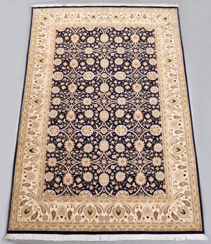 Lahore 16/16 Fine Lambswool Rug (Ref 734) 318x211cm