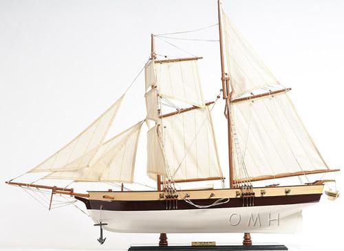 Privateer Lynx Topsail Schooner Ship Model Sailboat