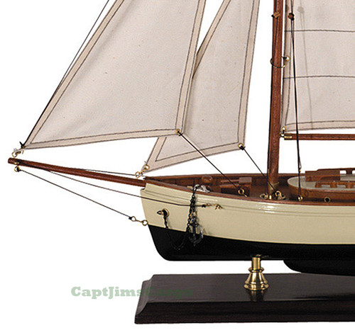 Nautical Classic Yacht Small Wooden Model Sailboat