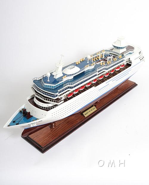 Majesty of the Seas Royal Caribbean Model