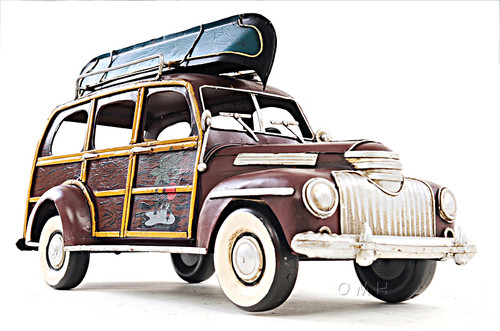 1947 Chevrolet Suburban Woody Metal Car Model