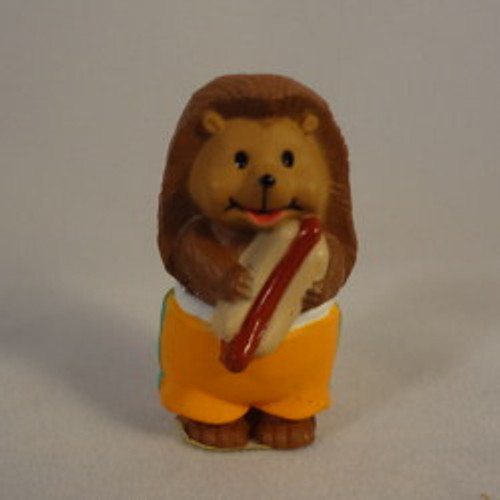 1993 Hedgehog With Hotdog