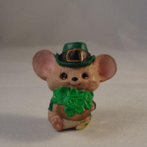 1987 Mouse With Hat And Shamrock