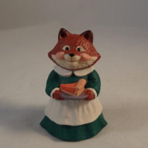 1991 Mrs. Fox With Pumpkin Pie
