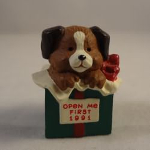 1991 Puppy In Gift Box
