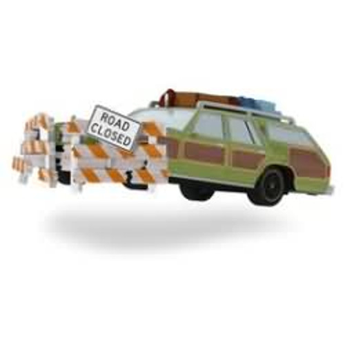 2016 christmas vacation family truckster takes flight - National Lampoons Christmas Decorations