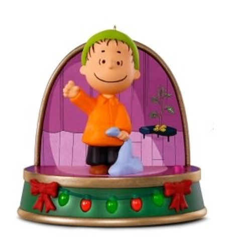 2018 peanuts storytellers linus - Peanuts Christmas Decorations
