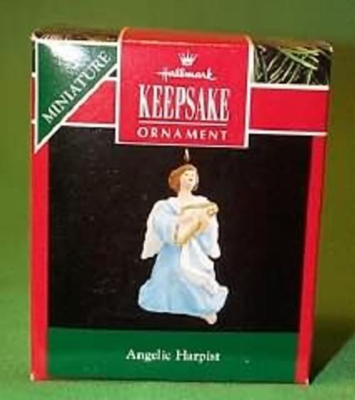 1992 Angelic Harpist