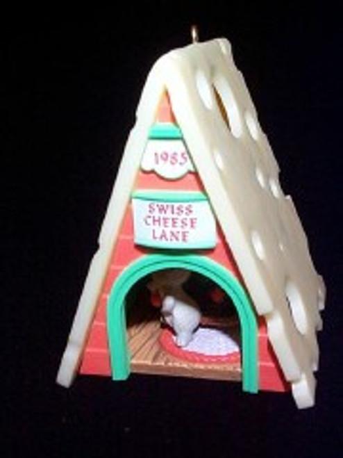 1985 Swiss Cheese Lane