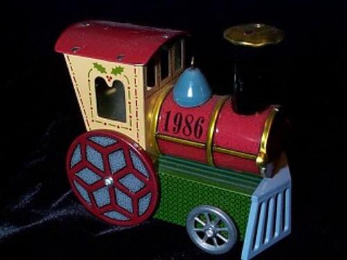 1986 Tin Locomotive #5