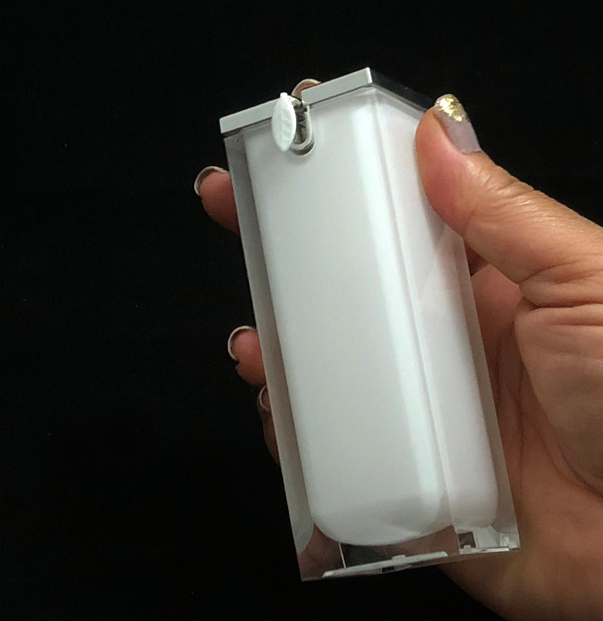 Luxury Airless Bottles - New Product at Beauty Makeup Supply