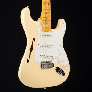 Fender Eric Johnson Thinline Stratocaster Vintage White 0154
