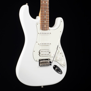 Fender Player Stratocaster HSS Polar White 3813