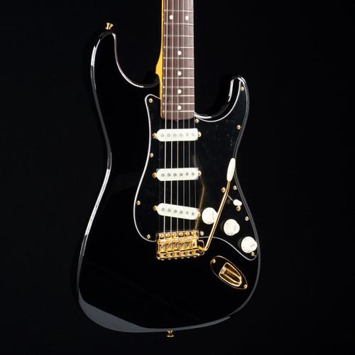 Fender MIJ Traditional 60s Stratocaster Midnight Black 8105